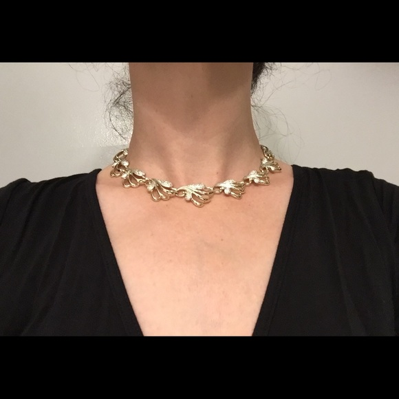 Vintage Jewelry - Vintage Sarah Coventry necklace